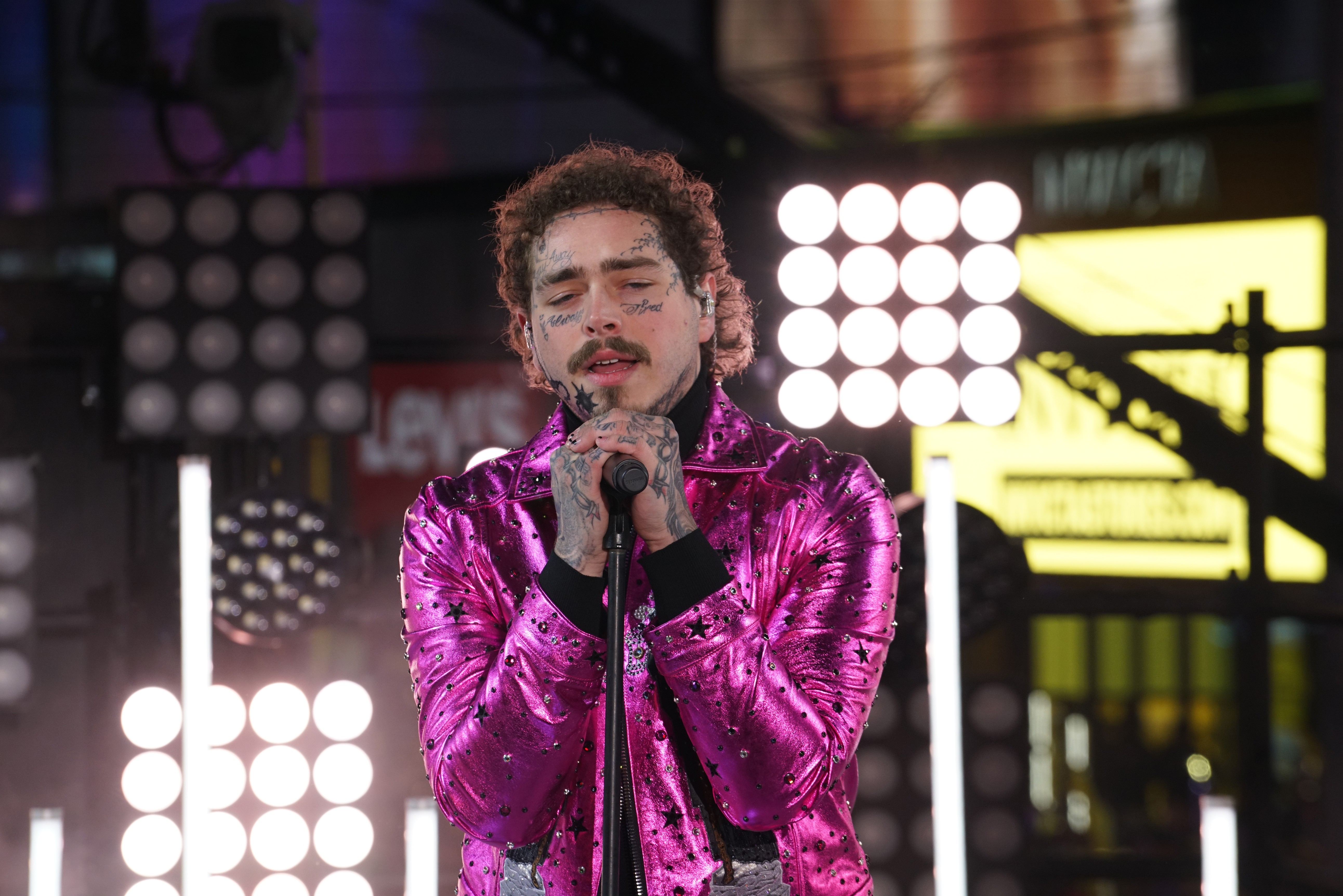 post-malone-performs-circles-congratulations-at-new-years-rockin-eve