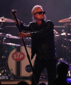 STP Cancel Acoustic Tour After Singer Jeff Gutt's Injury