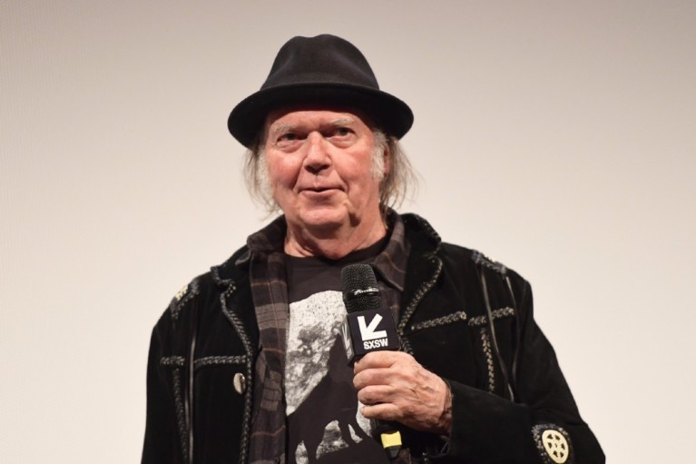 Neil Young Granted U.S. Citizenship