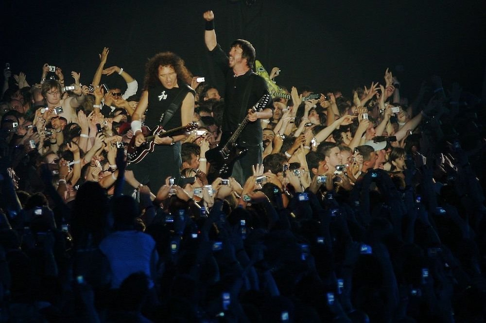 Dave Grohl Brian May