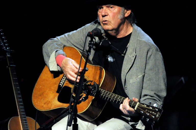 Neil Young delays Fireside Sessions
