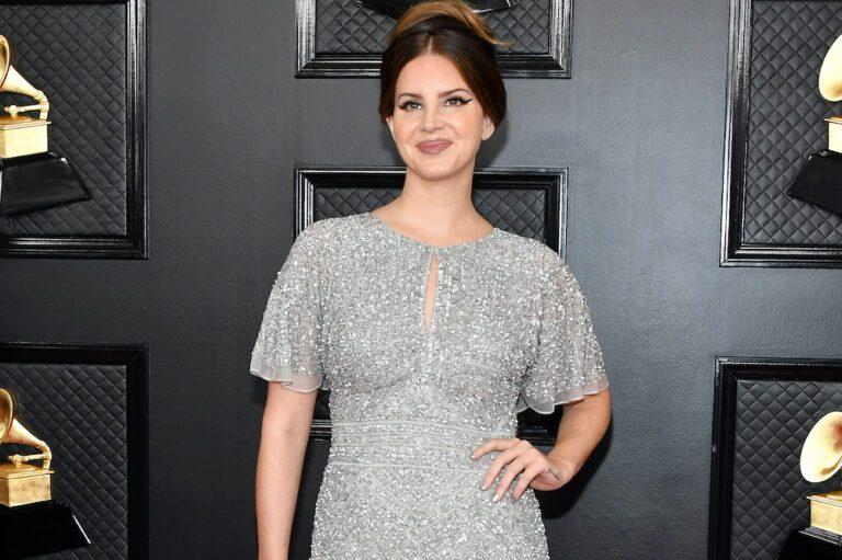 Lana Del Rey Controversial Post