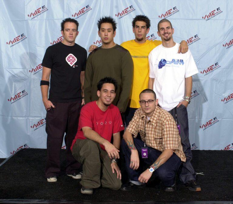 2001 MTV Video Music Awards - Press Room