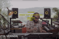 Justin Vernon of Bon Iver Performs '22 (OVER S∞∞N)' on <i>Late Show</i>