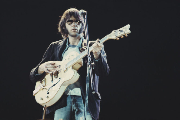 Neil Young Live At Wembley Stadium