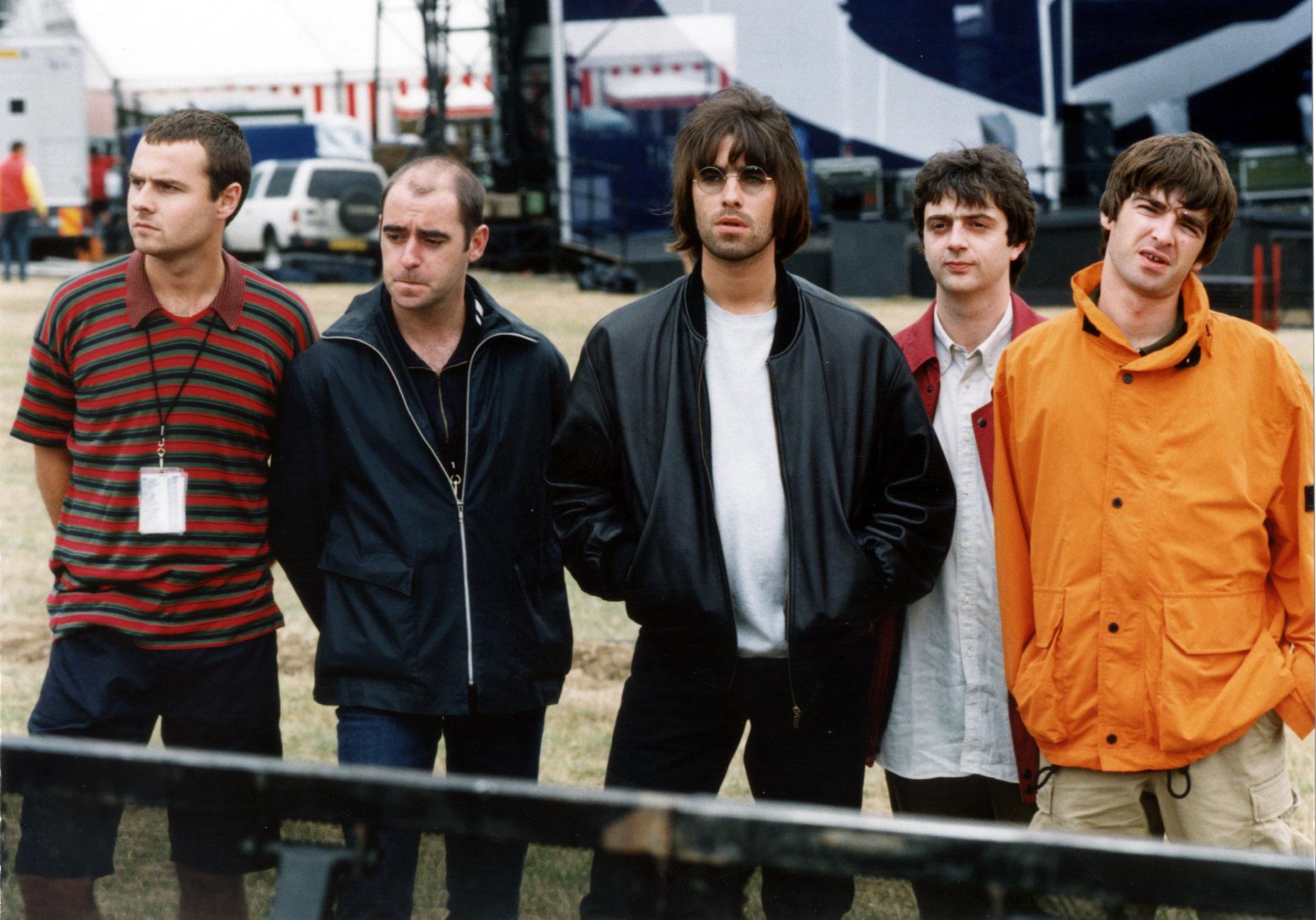 Oasis Knebworth line up