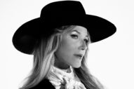 Jewel Looks Back at <i>Pieces of You</i>, Remaining Honest Within Her Music