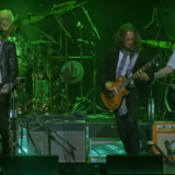 Kirk Hammett, Billy Gibbons, Mick Fleetwood Share Live Version of 'The Green Manalishi (With The Two-Pronged Crown)'