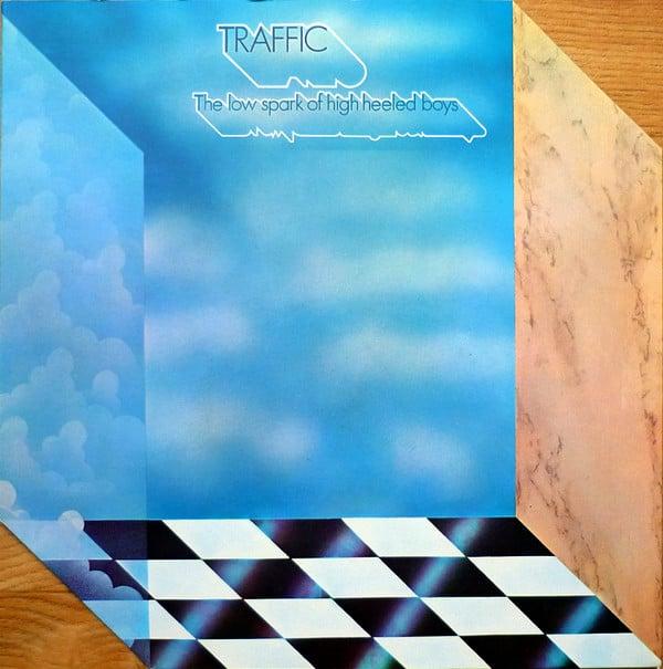 Traffic-High-Heeled-Boys-1611201437
