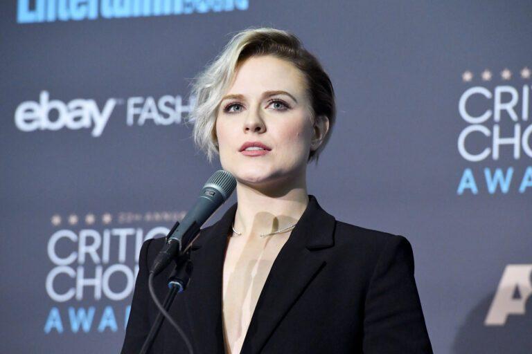 Evan Rachel Wood at The 22nd Annual Critics' Choice Awards