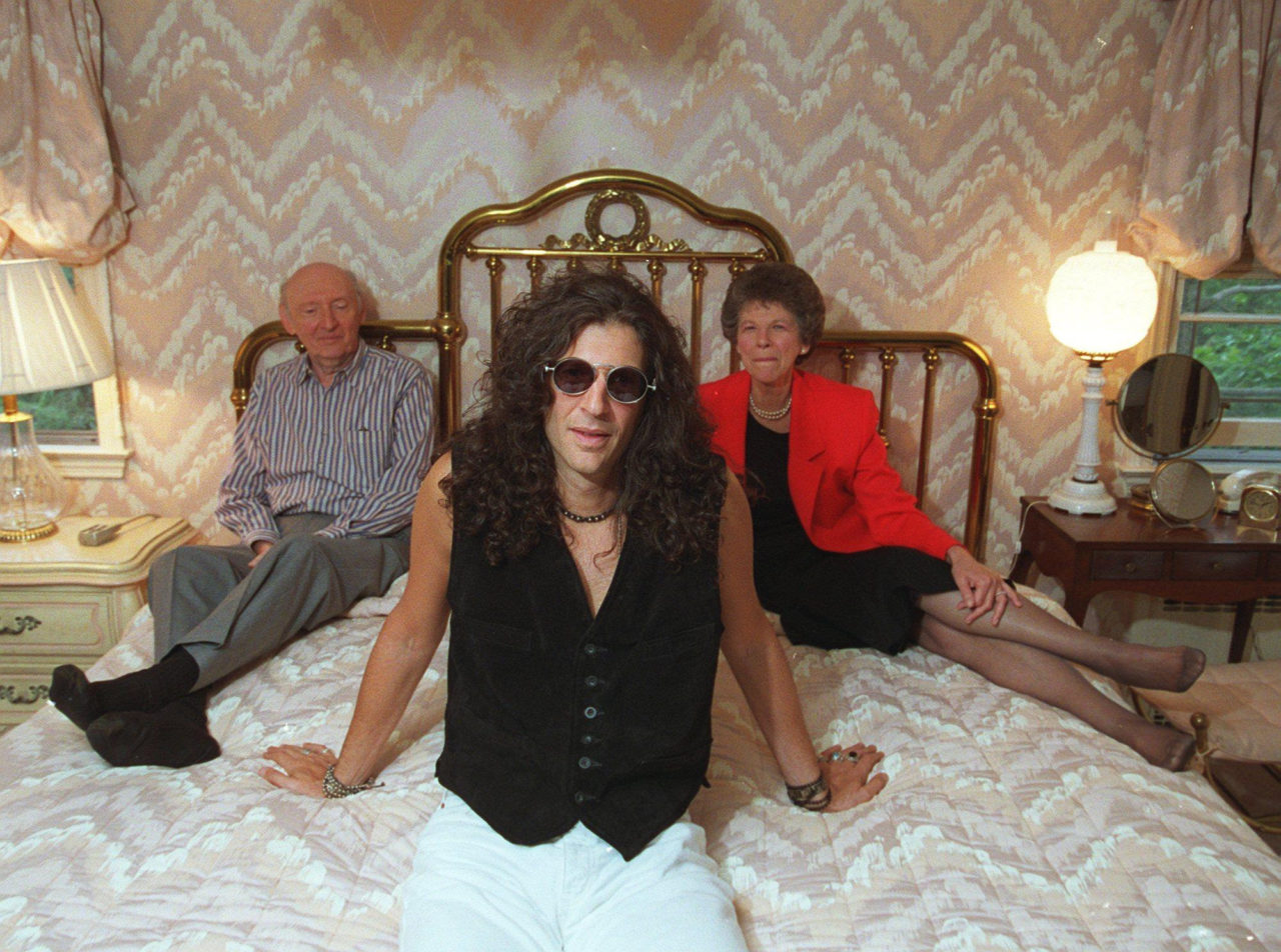 Howard Stern and parents Ray and Ben, 1993