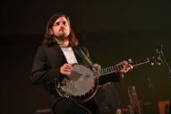 Mumford & Sons Banjo Player Praises Right-Wing Agitator Andy Ngo's 'Important' Book