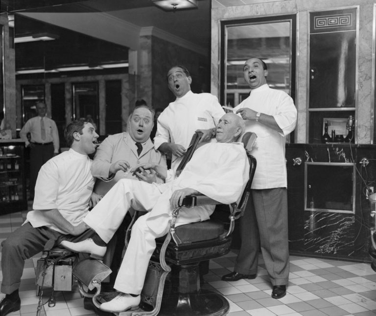 Met Quartet Servicing Barber Shop Owner