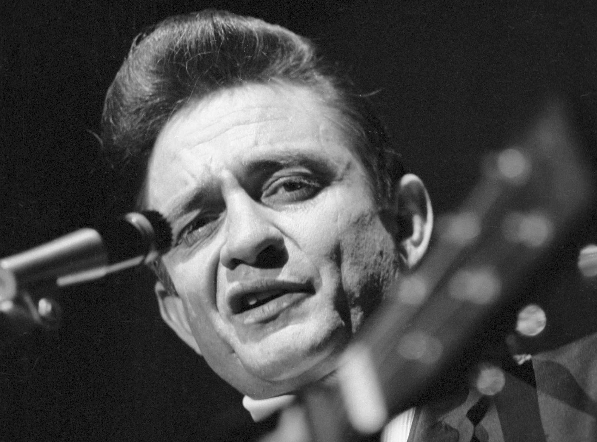 Johnny Cash's Previously Unreleased Live Album From 1968 to Be Unearthed
