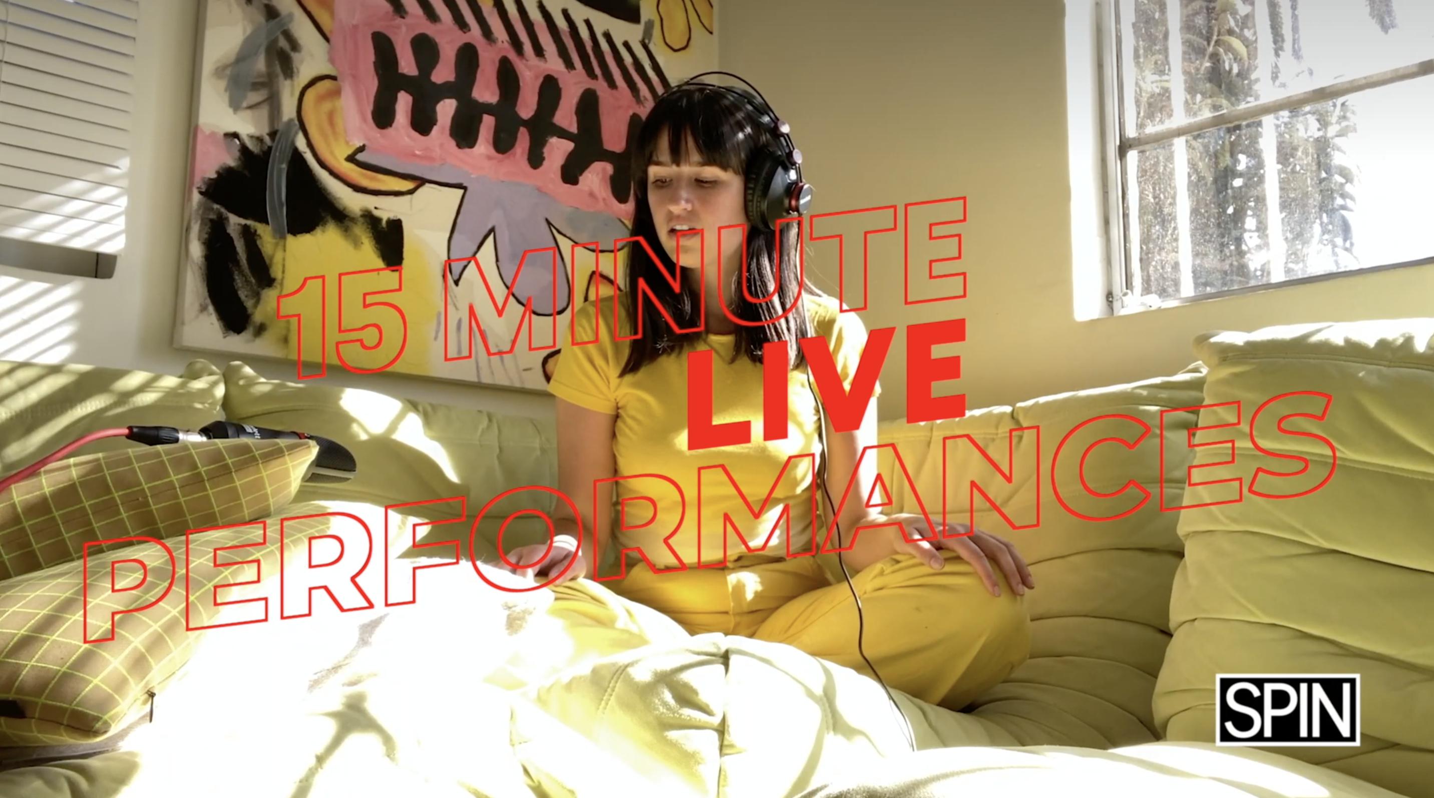 15 Minute Live Performances: Rozzi