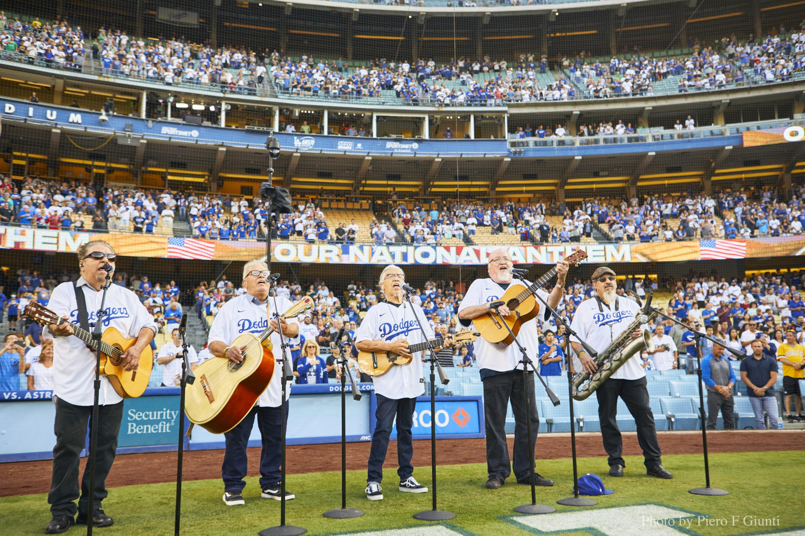 Los-Lobos-Dodgers-National-Anthem-2021