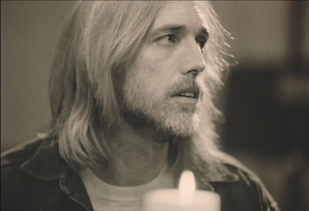 New Tom Petty Video Features the Venus de Milo in Joshua Tree