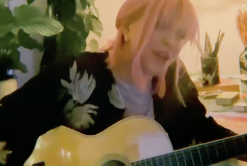 Watch Courtney Love Emotionally Cover Britney Spears' 'Lucky'