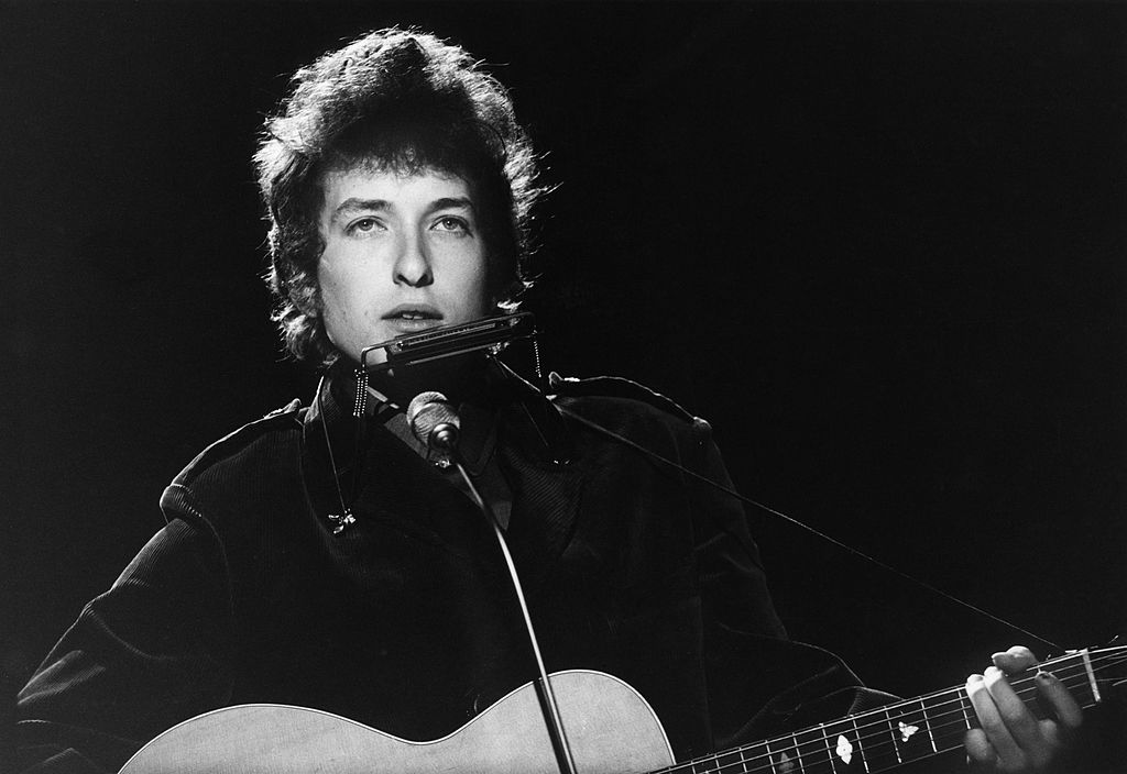 Bob Dylan Accused of Grooming and Sexual Abuse of 12-Year-Old Girl in 1965 According to New Lawsuit