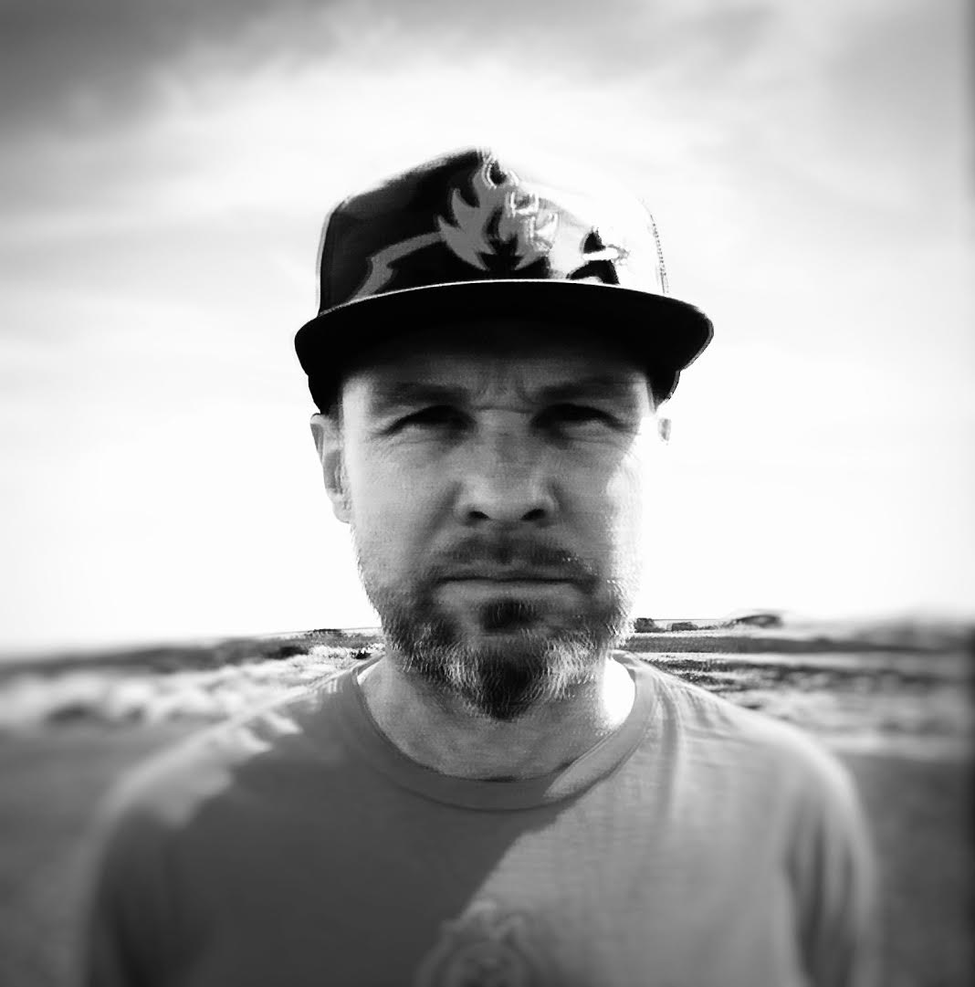 Pearl Jam's Jeff Ament Talks Anniversaries and <i>I Should Be Outside</i>