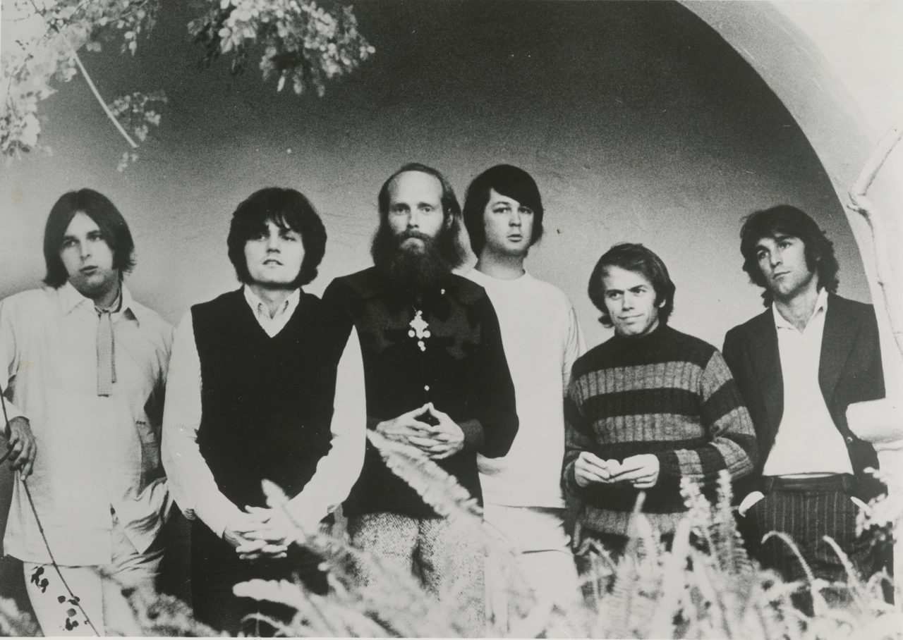 Beach-Boys-Feel-Flows-Photo-Horizontal-BW-Credit-Iconic-Artists-Group-LLC_Brother-Records-Inc.-1631544482