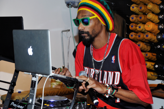 Snoop Dogg Playing Full 'Doggystyle' at Catalpa NYC Fest | SPIN