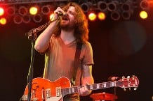 080614_minus-the-bear-main.jpg