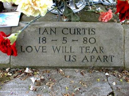 080703_iancurtis-grave.jpg