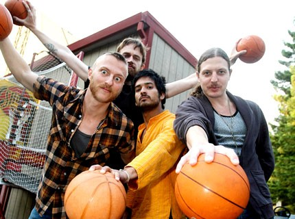 080721_yeasayer_main.jpg