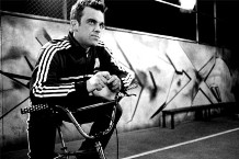 081204-robbie-williams-2.jpg