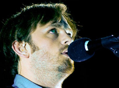 090126-kings-of-leon-main.jpg