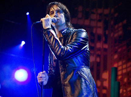 091109-julian-casablancas-main.jpg