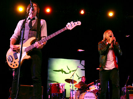 091109-switchfoot-main.jpg