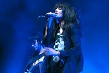 100418-dead-weather-main-0.jpg