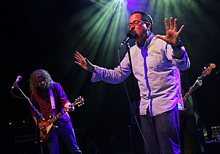 100507-hold-steady-main.jpg