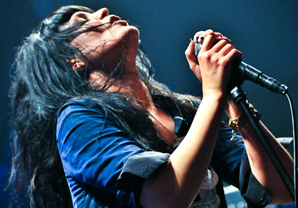 100714-dead-weather-main.jpg