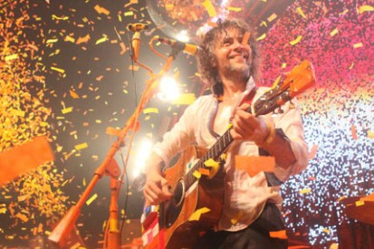 100803-flaming-lips-ben-row.jpg