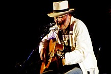 100812-neil-young.jpg