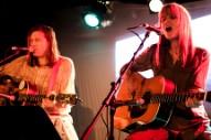 Evan Dando, Juliana Hatfield Duet Together in NYC