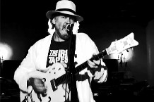 100930-neil-young.jpg