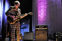 101004-deerhunter-1.jpg