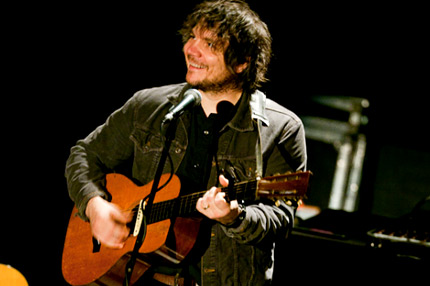 Jeff Tweedy Brings Laughs to Loose NYC Solo Gig