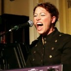 Amanda Palmer, Neil Gaiman Perform Together in NYC