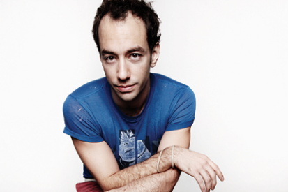 110315-albert-hammond-jr.png