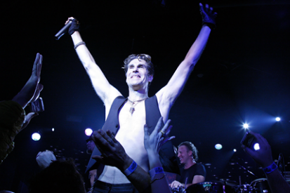 110331-perry-farrell.png