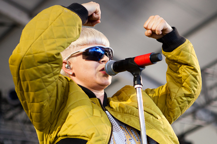 110613-robyn-1.png