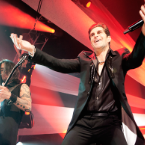 Jane's Addiction Go 3-D at NYC Gig