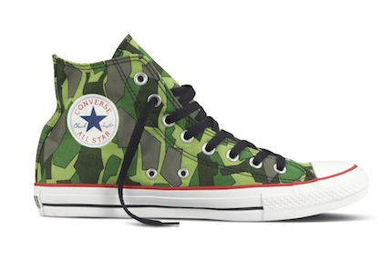 sports shoes 39ddc 3e810 111116-gorillaz-shoe.png
