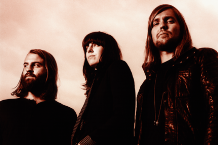 111201-band-of-skulls.png