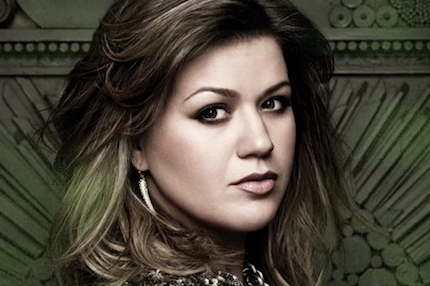 120111-kelly-clarkson.png